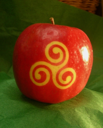 triswirl apple tat